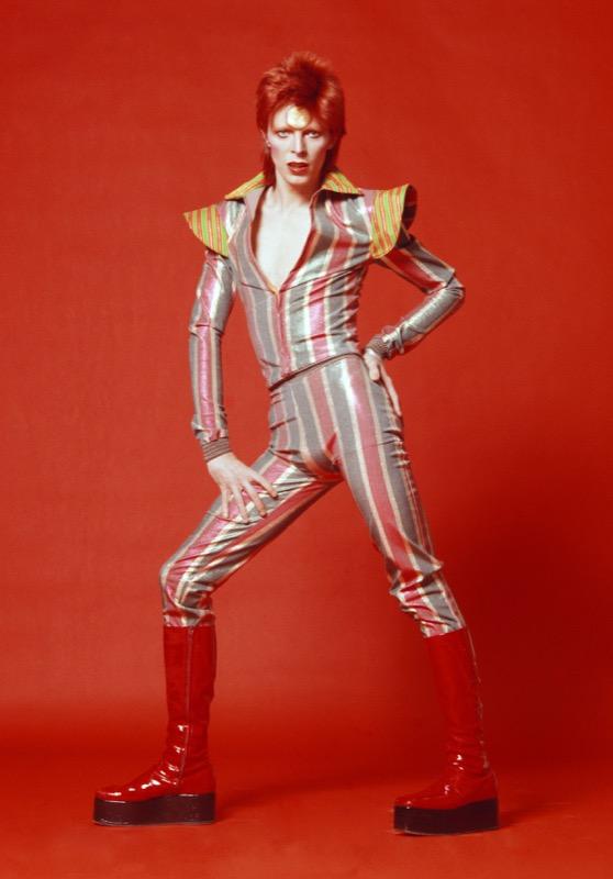 ClioMakeUp-David-Bowie-makeup-trucco-beuaty-look-dorato_