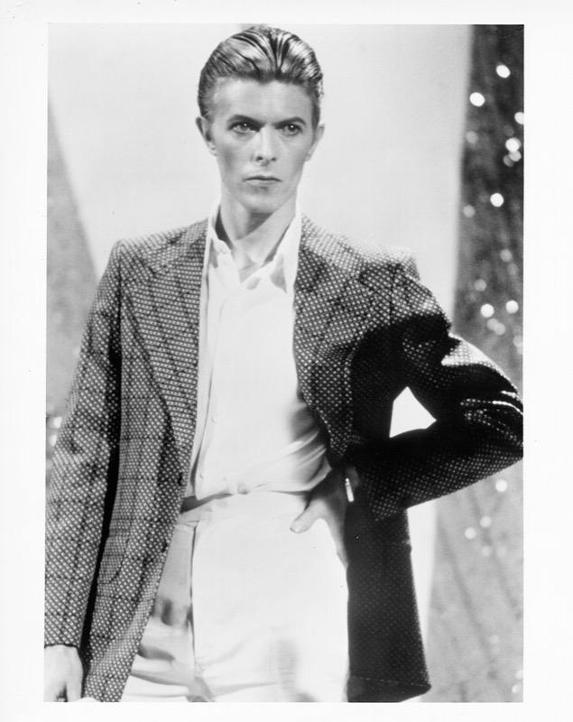 ClioMakeUp-David-Bowie-makeup-trucco-beuaty-look-duke-1976
