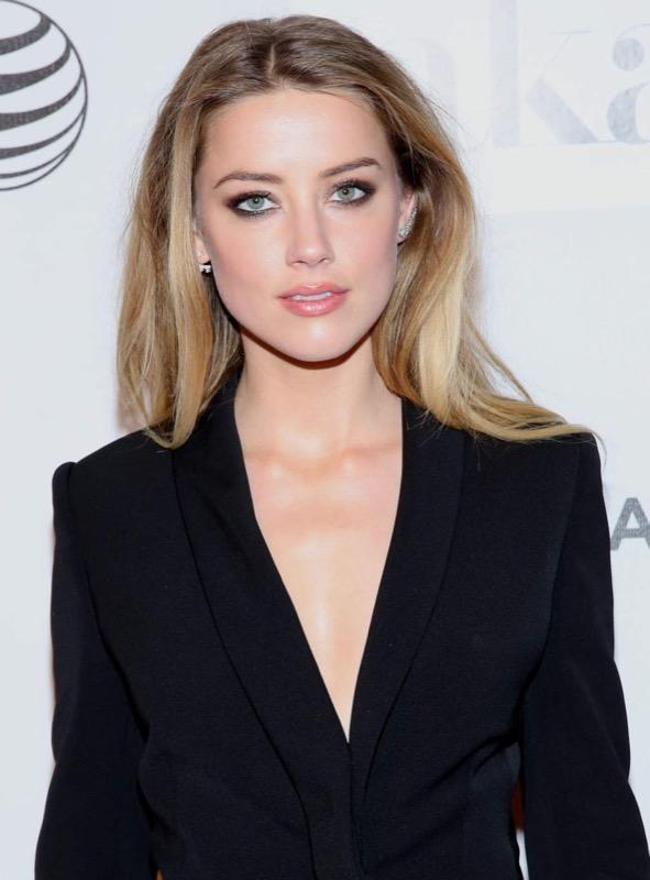 ClioMakeUp-meglio-truccata-miglior-look-makeover-top-anno-2015-star-Amber-heard-2