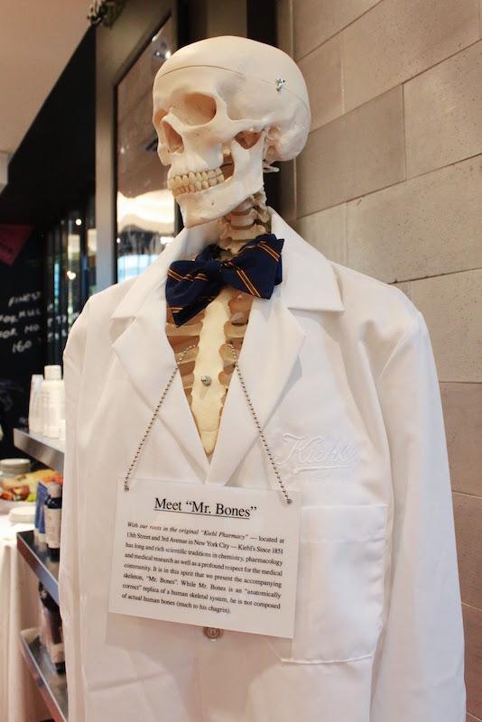 ClioMakeUp-storia-top-flop-mr-bones-scheletro