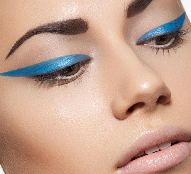 cliomakeup-prodotti-inutili-makeup-trucco-occhi-Colourato-eyeliner
