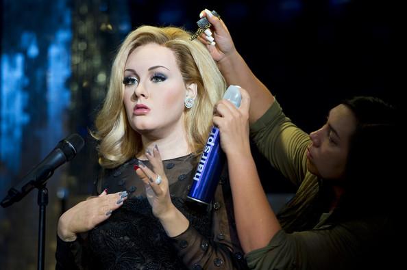 cliomakeup-statue-cera-madame-tussauds-londra-look-makeup-adele-capelli