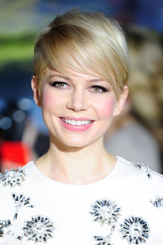 cliomakeup-come-scegliere-blush-20-michelle-williams
