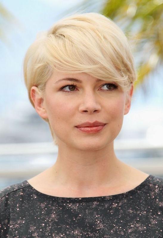 ClioMakeUp-tagli-capelli-cambiano-vita-star-vip-celeb-michelle-williams-taglio-capelli