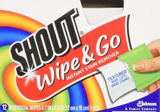 cliomakeup-whats-my-bag-borsa-prodotti-salviette-shout-wipeandogo-macchie-abiti