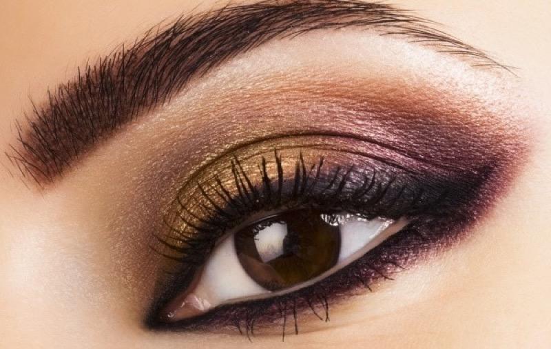cliomakeup-trucchi-occhi-fantastici-coloratissimi-pigmenti-guida-occhi-labbra-makeup-2