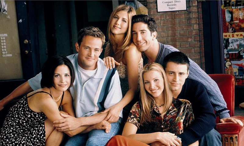 ClioMakeUp-personaggi-serie-tv-prima-dopo-friends