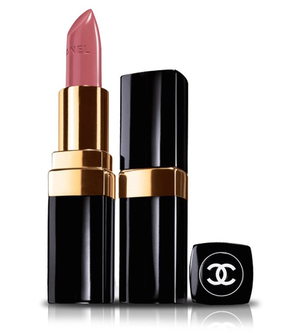 ClioMakeUp-rossetto-versatile-sta-bene-tutte-chanel-mademoiselle