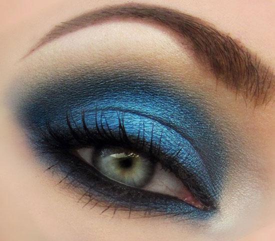 cliomakeup-sfumature-occhi-regole-errori-evitare-trucco-makeup-azzurro