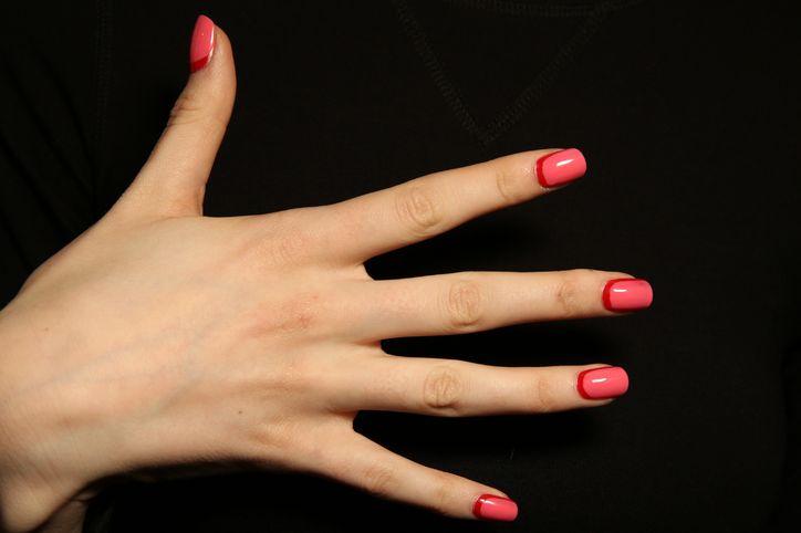 cliomakeup-unghie-smalti-san-valentino-17-rosa-rosso