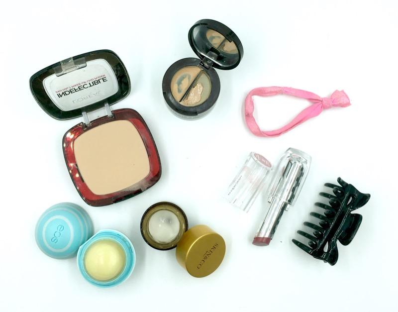 cliomakeup-whats-in-my-bag-borsa-clio-inverno-oggetti-prodotti-trucco-makeup-1