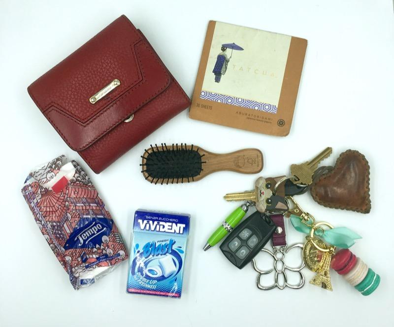 cliomakeup-whats-in-my-bag-borsa-clio-inverno-oggetti-prodotti-trucco-makeup-7