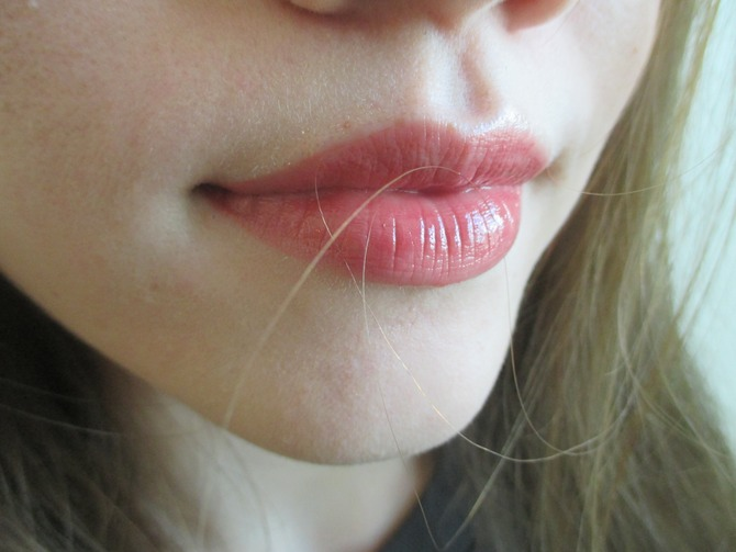 cliomakeup-makeup-capelli-uomini-odiano-6-lipgloss