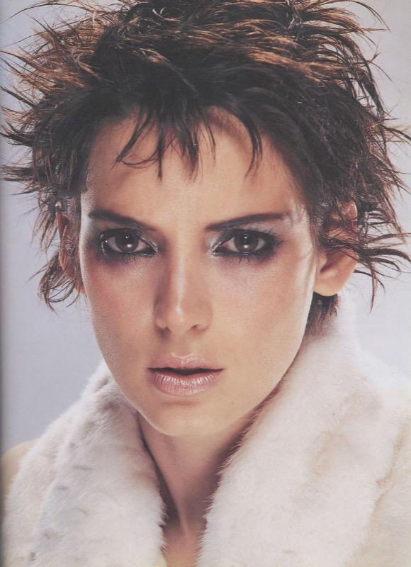 ClioMakeUp-trucco-anni-80-ottanta-stile-disco-punk-pop-gwyneth-paltrow-kevyn-aucoin-Winona-Ryder-Siouxie-Sioux