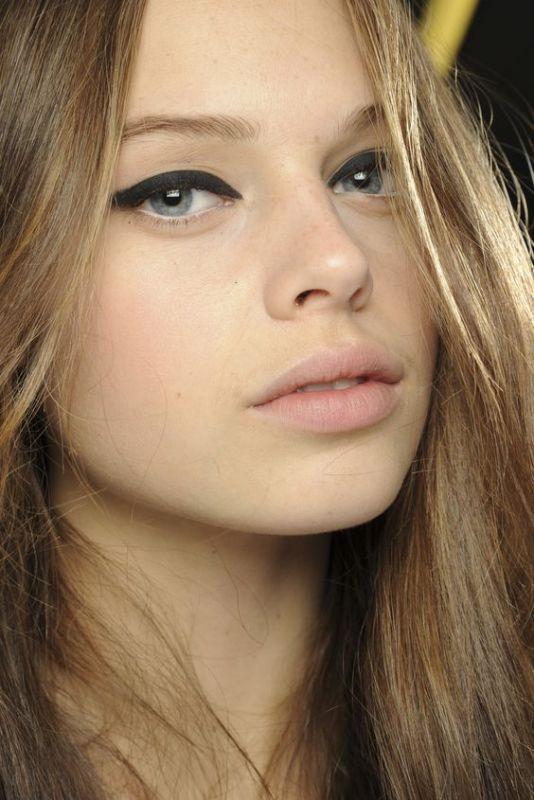 ClioMakeUp-4-modi-smokey-eyes-black-liner