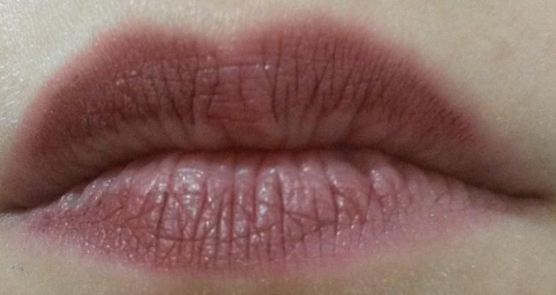 ClioMakeUp-recensione-Absolute-Lasting-Liquid-Lipstick-13-dopo-mangiato