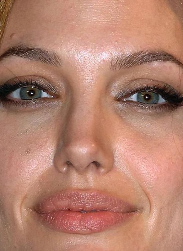 ClioMakeUp-pelle-mista-rimedi-problemi-maschere-creme-fondotinta-angelina-jolie