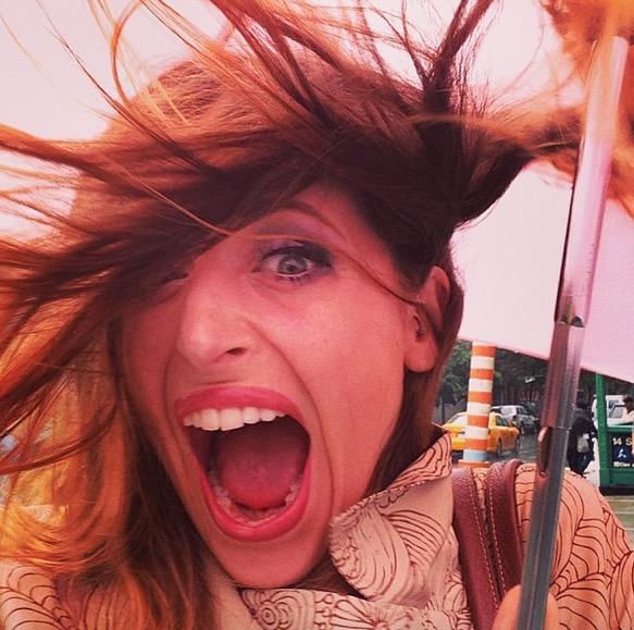 cliomakeup-capelli-brutto-tempo-pioggia-vento-soluzioni-ombrello-clio
