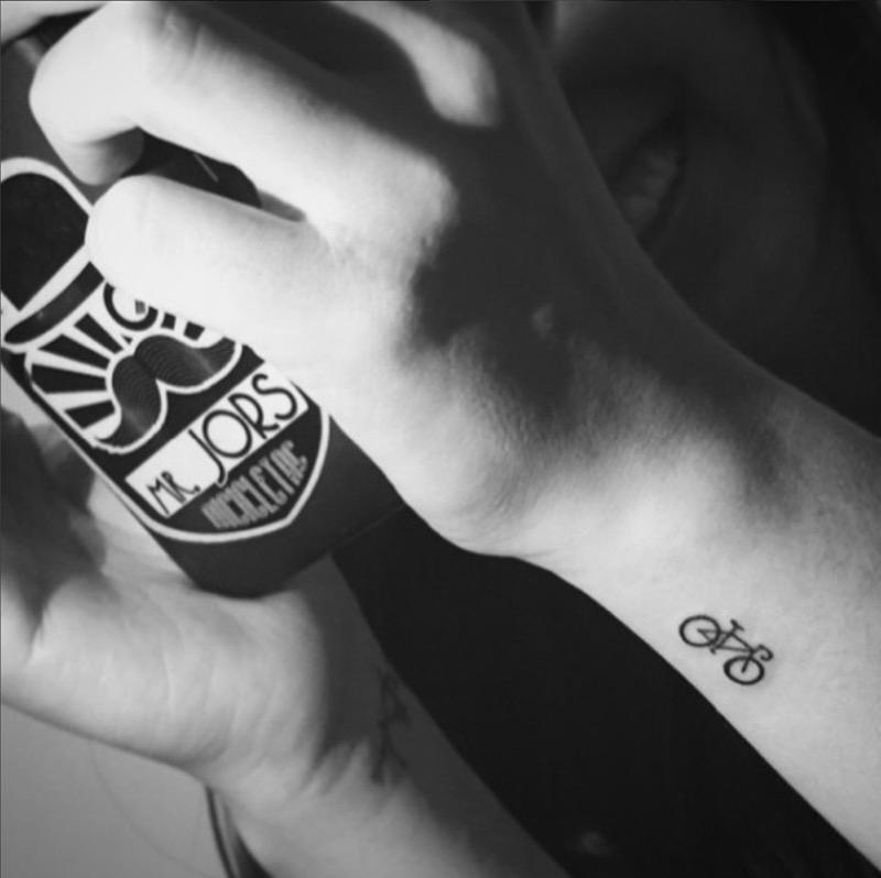 abbastanza Tatuaggi piccoli femminili uomo: dee per scritte e mini disegni  PG43