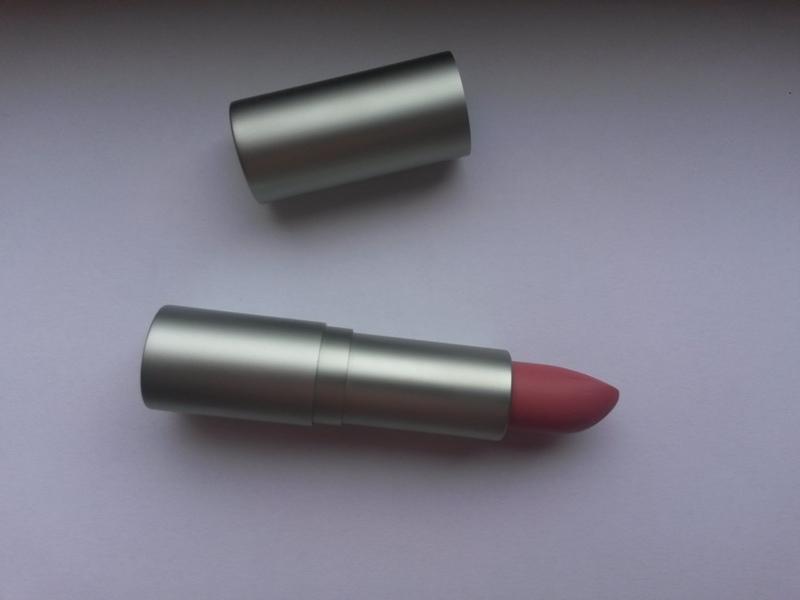 ClioMakeUp-recensione-madina-matte-lipstick-02