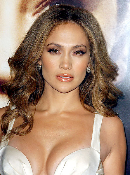 cliomakeup-capelli-ferri-curling-ricci-onde-backstage-differenze-jennifer-lopez