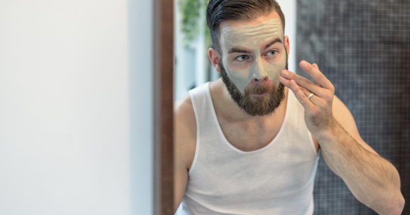 ClioMakeUp-prodotti-accessori-utilizzati-su-di-lui-maschera-uomo