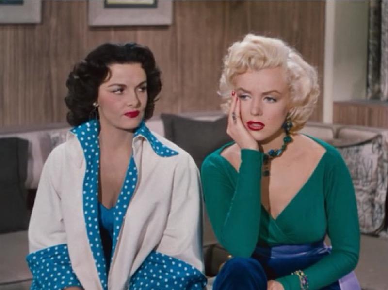 ClioMakeUp-film-influenti-cult-beauty-make-up-stile-Gentlemen-Prefer-Blondes