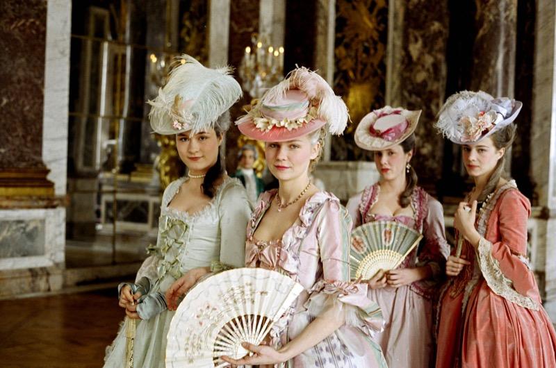 ClioMakeUp-film-influenti-cult-beauty-make-up-stile-Marie-Antoinette-1