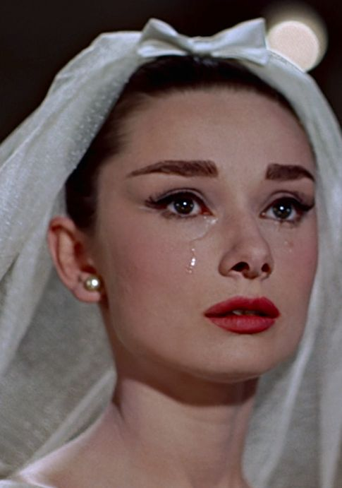 ClioMakeUp-film-influenti-cult-beauty-make-up-stile-audrey-hepburn-funny-face-matrimonio
