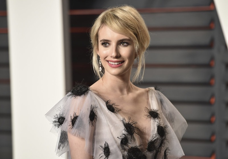 ClioMakeUp-oscar-2016-after-party- look-trucco-make-up-abiti-vestiti-capelli-Emma-Roberts-2