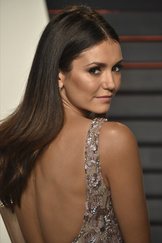 ClioMakeUp-oscar-2016-after-party- look-trucco-make-up-abiti-vestiti-capelli-Nina-Dobrev-2