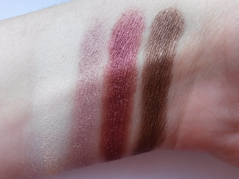 ClioMakeUp-recensione-zoeva-cocoa-blend-palette-swatch1