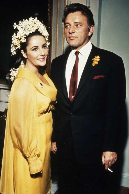 ClioMakeUp-spose-iconiche-famose-matrimonio-vestito-look-elizabeth-taylor