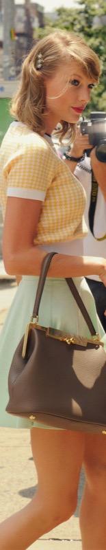 ClioMakeUp-trucco-anni-50-capelli-vintage-retrò-vestiti-abiti-stile-taylor-swift-1