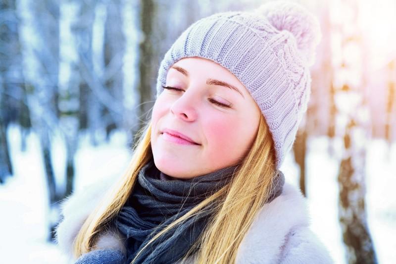 CliomakeUp-pelle-disidratata-cose-come-trattarla-come-truccarla-pelle-inverno
