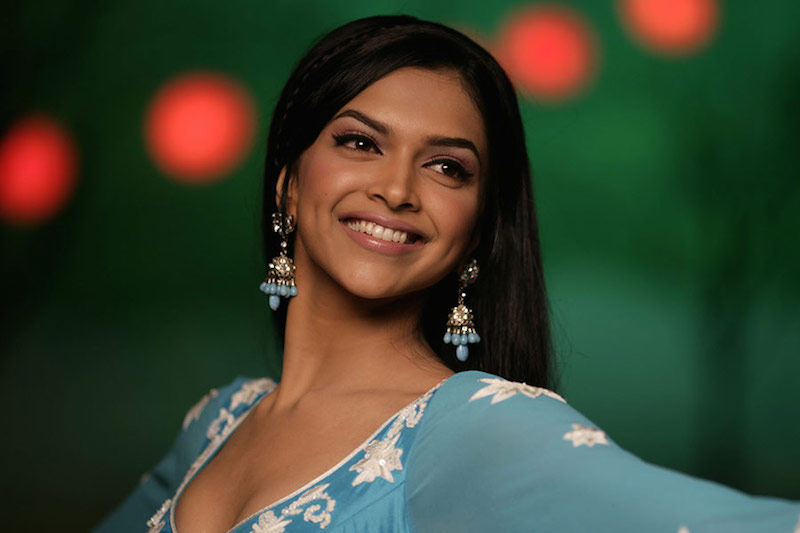 cliomakeup-bellezze-indiane-priyanka-chopra-aishwarya-ray-look-dive-bollywood-deepika-padukone-makeup-om-shanti-om