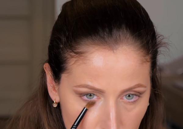 cliomakeup-pelle-opaca-prodotti-efficaci-polvere-di-riso-occhi-occhiaie-pennellino
