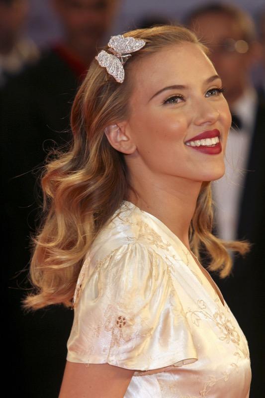ClioMakeUp-piu-belle-del-mondo-donne-star-dive-icone-giovani-viventi-Scarlett-Johansson