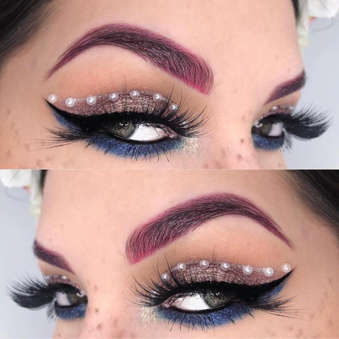 cliomakeup-ricreare-makeup-coachella-10-closeup-perle-eyeliner