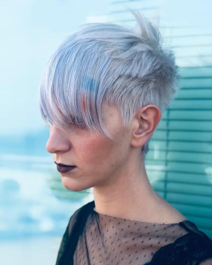 Cliomakeup-tagli-corti-2019-4-choppy-hair-colorati