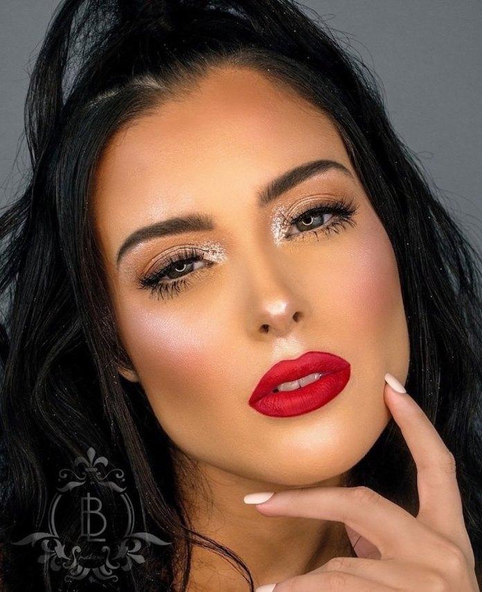 cliomakeup-realizzare-makeup-glitter-portabili-7-punto-luce-glitter
