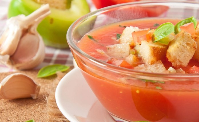 cliomakeup-ricette-estive-light-4-gazpacho