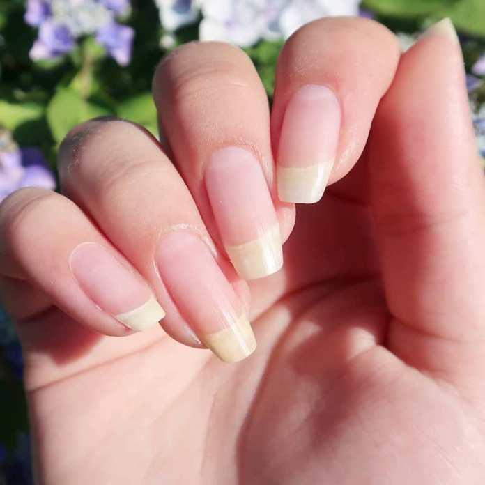 cliomakeup-rimedi-unghie-fragili-prodotti-trattamenti-17.-unghie-naturalijpg