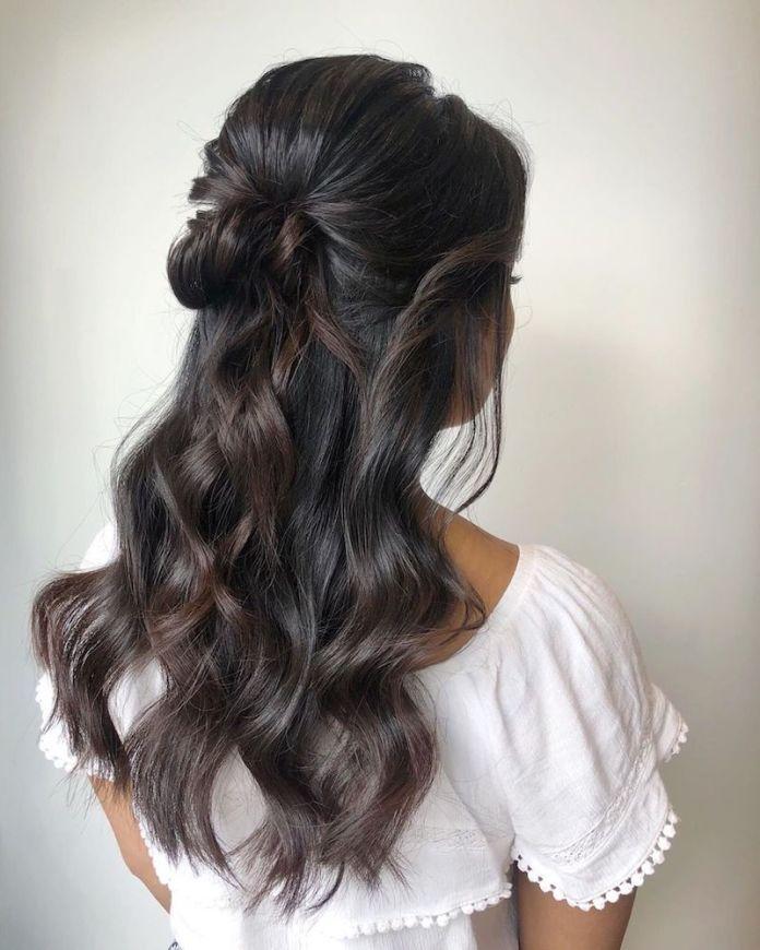 cliomakeup-acconciature sposa capelli lunghi-5-semiraccolto-semplice