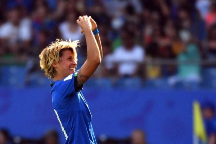 cliomakeup-mondiali-calcio-femminile-2019-8-bomber.jpg