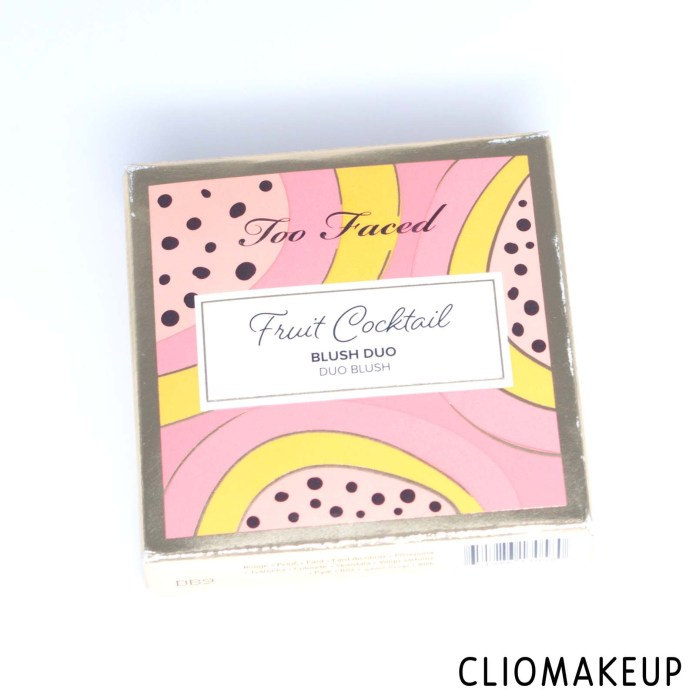 cliomakeup-recensione-blush-too-faced-fruit-cocktail-blush-duo-2