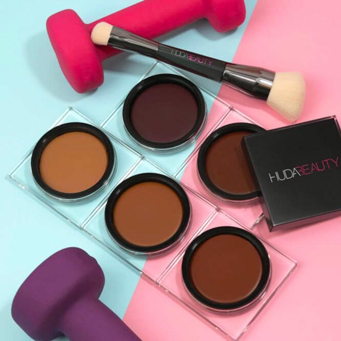 cliomakeup-recensione-bronzer-cream-huda-beauty-tantour-contour-e-bronzer-cream-3