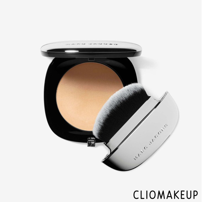 cliomakeup-recensione-cipria-marc-jacobs-accomplice-instant-bluring-beauty-powder-1