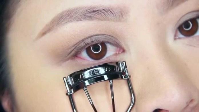 Cliomakeup-prodotti-flop-maggio-2019-3-shiseido-piegaciglia