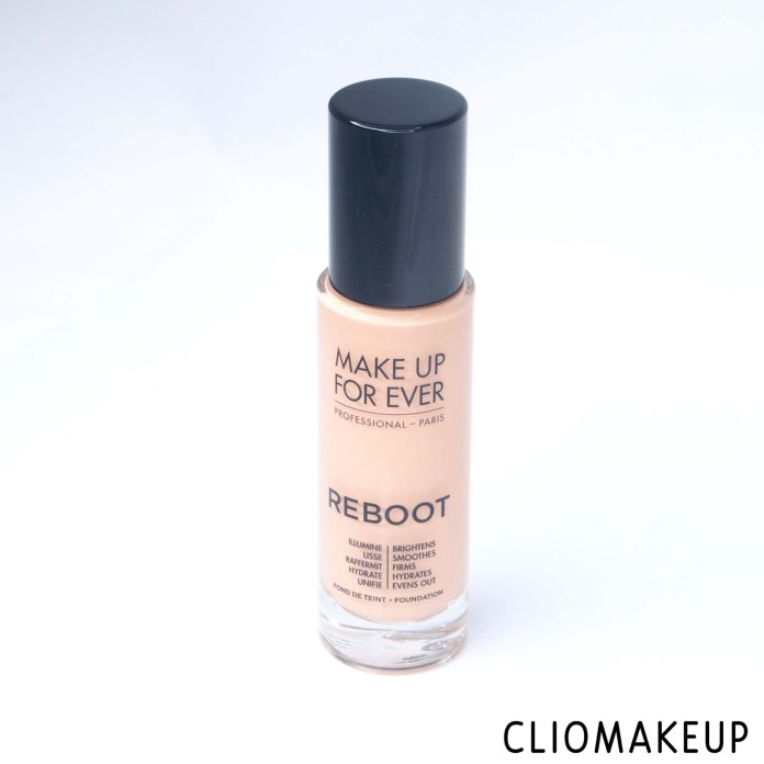 cliomakeup-recensione-fondotinta-make-up-forever-reboot-foundation-1